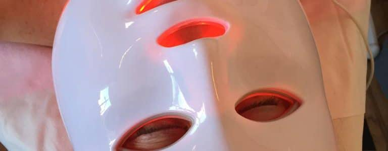 ledlight-mask-red
